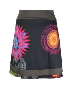 """Krátka čierna sukňa """"Rosy"""" s farebnými mandalami"""