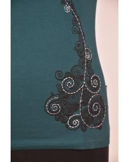 Smaragdovo zelené tričko na jogu z bio bavlny, výšivka Kitamari a potlač