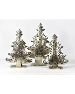 Vianočný stromček, kovový svietnik, ručné práce, 54x36x10cm