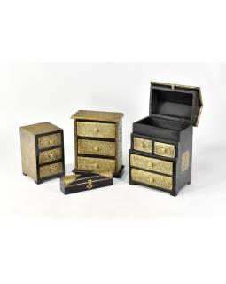 Drevená sříňka s mosadzným kovaním, 3 šuplíky, 13x13x20cm