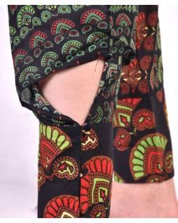 Dlhé letné čierne nohavice s potlačou, elastický pás