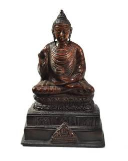 Budha Amóghasiddhi, na podstavci, antik patina, mosadzná soška, 18cm