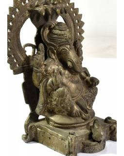 Ganéša, antik cínová patina, mosadzná, ručne tepaná socha, 20,5cm