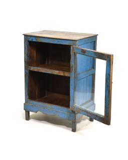 Presklená skrinka s modrou patinou z antik teakového dreva, 55x38x79cm