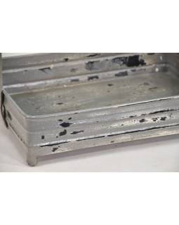 Vintage kovový tácku s vešiačikmi, antik patina, 38x27x45cm