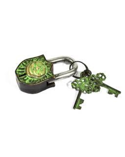 Visiaci zámok, Slnko, zelená patina mosadz, dva kľúče v tvare Dorji, 9cm