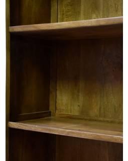 Knižnica z mangového dreva, biela patina, ručné rezby, 95x42x192cm