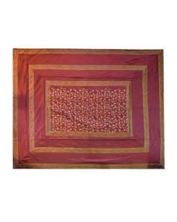 Vyšívaný prehoz so štyrmi vankúšikmi, purpurový, 220x270cm