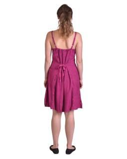 Ľahké krátke tmavo ružové šaty na ramienka, výšivka, viazanie na chrbte