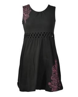 Čierne šaty bez rukávov s ornamentálnym potlačou a prestrihy, bio bavlna