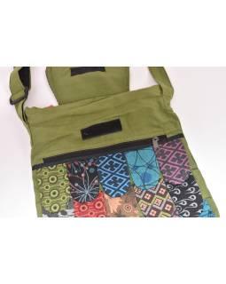 "Patchworkový bavlnený batoh ""sova"" zelený, so zipsom, 45x30 cm"