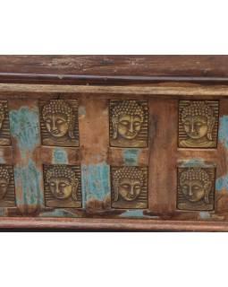 Truhla z teakového dreva zdobená mosadznými Budhu, 120x60x46cm