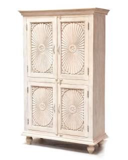 Skriňa z teakového dreva, ručné rezby, biela patina, 96x43x160cm