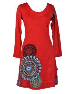 Červené šaty s dlhým rukávom, mandala potlač