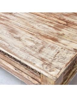 Konferenčný stolík, ručné rezby, biela patina, 150x75x52cm