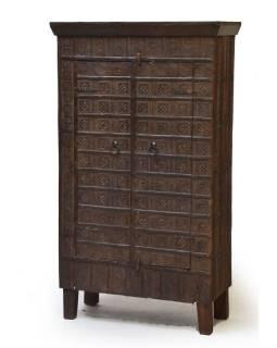 Šatníková skriňa z teakového dreva, železné kovania, 83x40x145cm