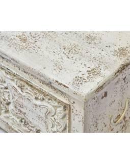 Truhla z mangového dreva, biela patina, ručné rezby, 133x40x46cm
