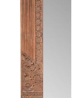 Zrkadlo v ráme zo starého portálu, 130x8x217cm
