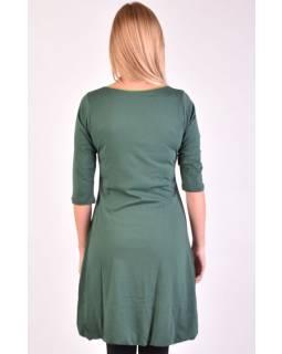 Krátke zelené balónové šaty s 3/4 rukávom a zelenými detaily