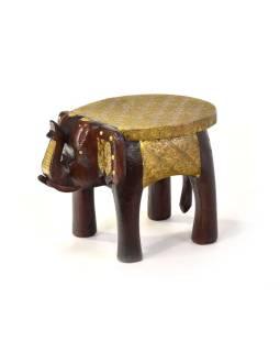 Stolička v tvare slona zdobená mosadzným kovaním, 27x20x17cm