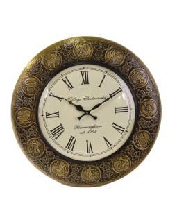 Veľké nástenné hodiny, tepaný antik zdobený mosadzný plech, priem. 45cm