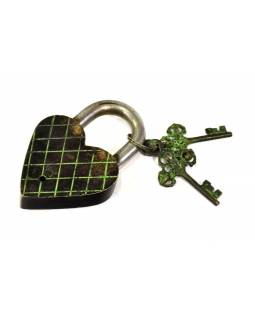 Visiaci zámok, srdce s lebkou, zelená mosadz, dva kľúče v tvare Dorji, 12cm