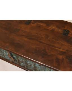 Truhla z teakového dreva, železné kovania, zelená patina, 130x61x47cm