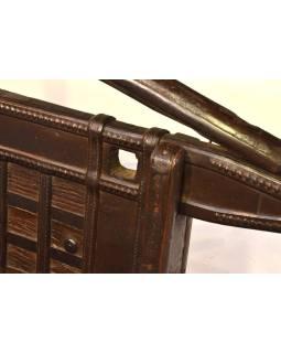 Masívne lavice z antik teakového dreva s mosadzným kovaním, 134x56x108cm