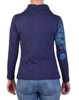 Tmavo modré tričko s dlhým rukávom a golierom, mandala dizajn