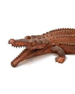 Krokodíl ručne vyrezaný zo suarového dreva, 200x60x33cm