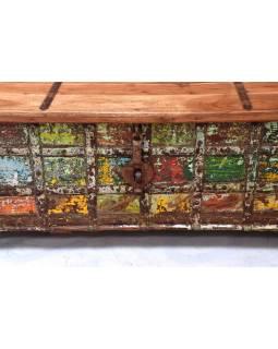 Truhla z teakového dreva, železné kovania, 130x76x46cm