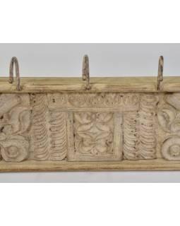Drevený panel s háčikmi so starou ručnou rezbou, 120x9x24cm