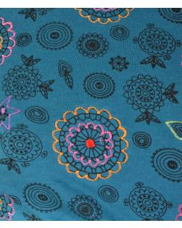 Modré šaty s trojštvrťovým rukávom a celopotlačou mandál, sklady na boku, výšku