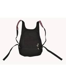 Originálny batoh s piatimi vreckami, čierny s potlačou, ručné práce, 32x36cm