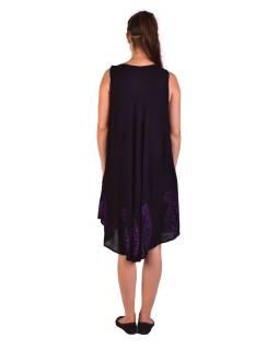 Krátke čierno-fialové šaty bez rukávov, výšivka
