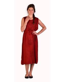 Dlhé červené šaty bez rukávov, výšivka, zaväzovanie na chrbte