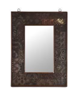 Zrkadlo v ráme z teakového dreva zdobené starými raznicami, 47x4x62cm