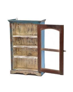 Presklená skrinka z teakového dreva, tyrkysová patina, 55x30x87cm