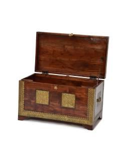 Truhla z palisandrového dreva zdobená mosadzným kovaním, 70x39x43cm