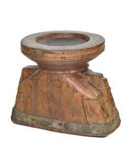 Drevený svietnik z anti teakového dreva, 20x15x17cm