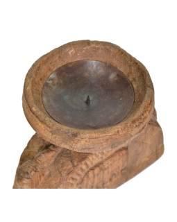 Drevený svietnik zo starej hlavice stĺpu, 20x12x18cm