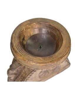 Drevený svietnik z anti teakového dreva, 23x17x21cm