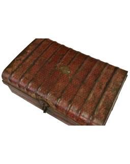 Plechový kufor, staré príručnú batožinu, 66x44x28cm