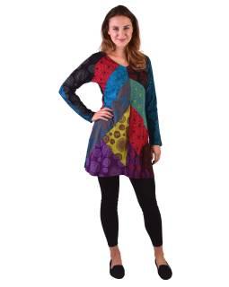 Krátke šaty s dlhým rukávom, farebný patchwork, potlač
