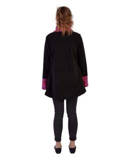 Čierno-ružový fleecový kabát s potlačou zapínaný na gombík, výšivka, vrecká
