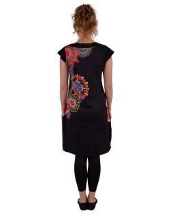 Čierne šaty s krátkym rukávom, mandala potlač