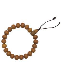 Náramok Santalové drevo, 10 mm, gumička, obvod 17-23cm, strapec 4cm