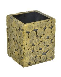 Drevená krabička bez veka zdobená mincami, 10x10x13cm