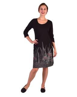 Krátke šaty, 3/4 rukáv, čierne, šedo-vínový potlač kvetín, okrúhly výstrih