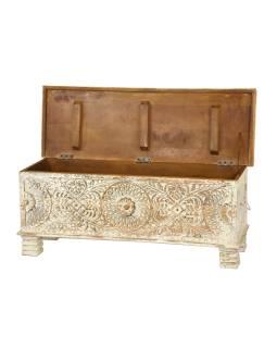 Truhla z teakového dreva, zdobená ručné rezbou, 116x40x45cm